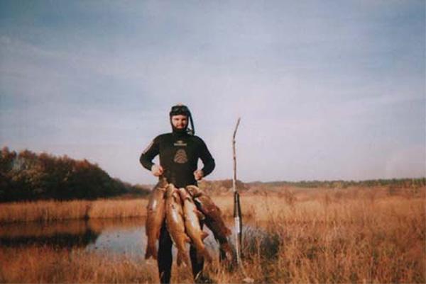 http://www.fishhunter.kiev.ua/g07/dersu/1.jpg